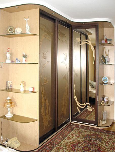 Шкафы с рисунком дома